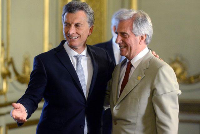 Macri se reunirá hoy con Tabaré Vázquez para reencauzar la relación bilateral