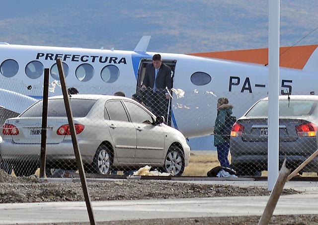La llegada de fiscal Marijuan a Río Gallegos – Foto: OPI Santa Cruz/Francisco Muñoz