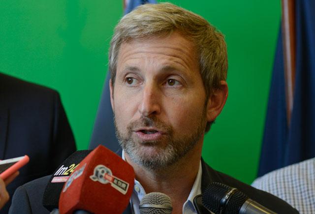 El Ministro del Interior, Obras Públicas y Vivienda, Rogelio Frigerio en Río Gallegos – Foto: OPI Santa Cruz/Francisco Muñoz