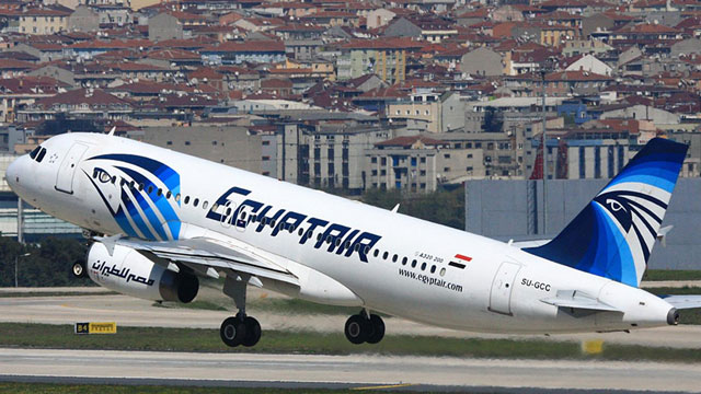 Los dos misterios por la tragedia de EgyptAir: qué pasó y dónde están los restos