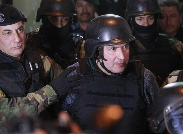 Detectaron 40 llamadas de un celular de López el día previo a llevar los dólares al monasterio