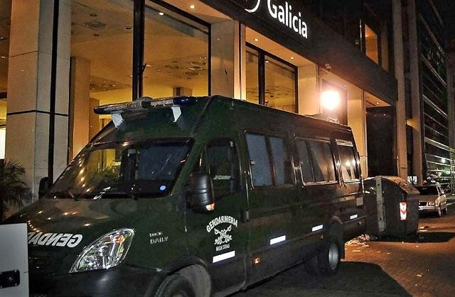 Fajan dos cajas de seguridad de Florencia Kirchner en un banco