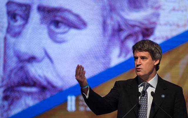 """Alfonso Prat-Gay: """"Se está recuperando el poder adquisitivo del salario"""""""