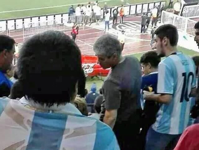 Pablo González, Vicegobernador, se fue a ver Argentina-Chile en medio de un debate por tarifas