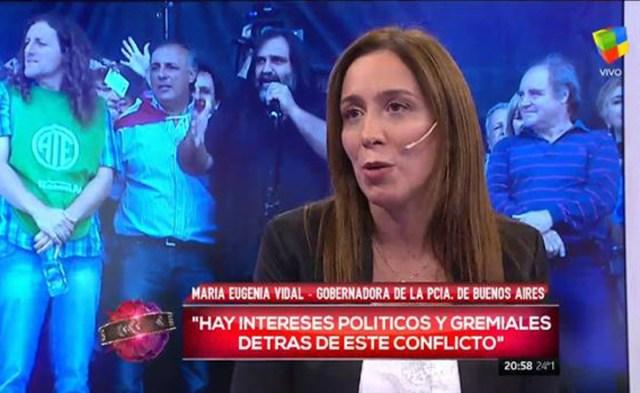 Docentes sin acuerdo salarial, Vidal que incineró a Alicia Kirchner y 100 millones en el Banco Santa Cruz