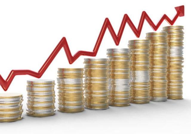 El Gobierno prevé un alza del 3% en el salario real este año