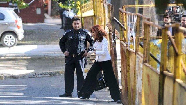 Cristina Kirchner, en Comodoro Py: declara como testigo en una causa contra funcionarios del Gobierno