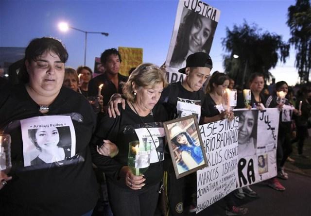 Quejas y pedidos de justicia en la primera gran marcha tras el asesinato de Araceli
