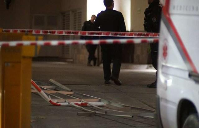 Confuso episodio en la Clínica de los Arcos: un efectivo del Servicio Penitenciario cayó de un segundo piso
