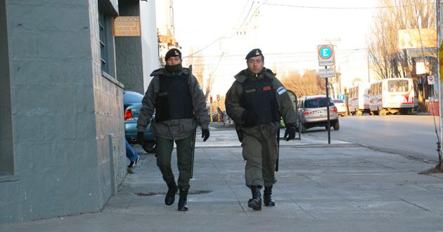 """La asistencia de Gendarmería en la crisis, es interpretada como el """"inicio de una intervención"""" - Foto: Francisco Muñoz OPI Santa Cruz"""