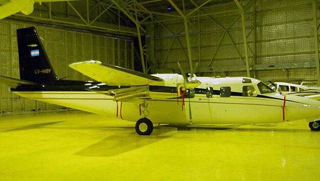 El LV-MBY propiedad de Lázaro Báez en el hangar del Gobienro de Tierra del Fuego - Foto: OPI Santa Cruz