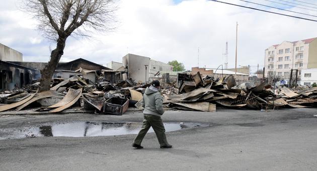 El día después del incendio - Foto: OPI Santa Cruz/Francisco Muñoz