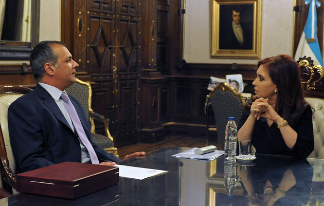 El Gobernador de Chubut Martín Buzzi junto a Cristina Kirchner - Foto: Presidencia