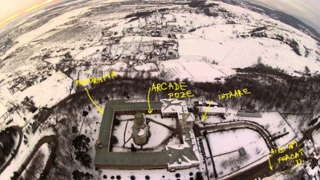 manastirea dealu targoviste iarna detalii