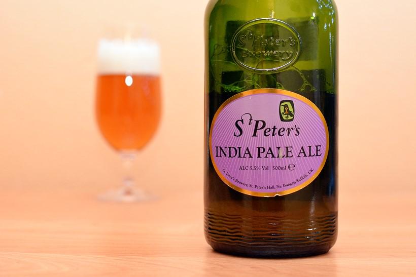 Keď je na pive najzaujímavejšia fľaša (St. Peter's IPA)