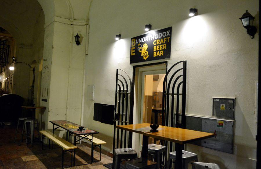 Malé pivo za 5 eur? Aj takéto podniky Bratislava potrebuje