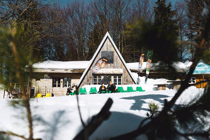 Aprés-Ski Bar Búda 04
