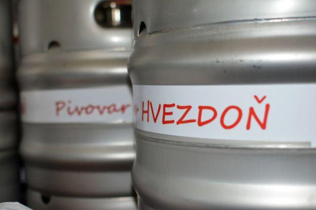 Hvezdoň, sudy, pivovar, pivo, varenie piva