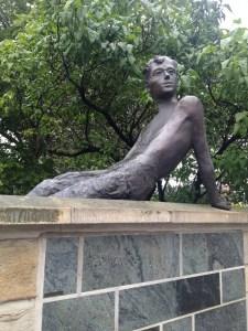 Erich Kästners Statue