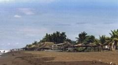 Am Strand von Monterrico