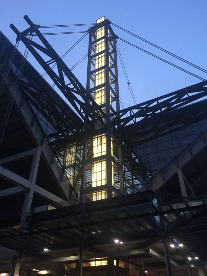 Stadion beleuchtet