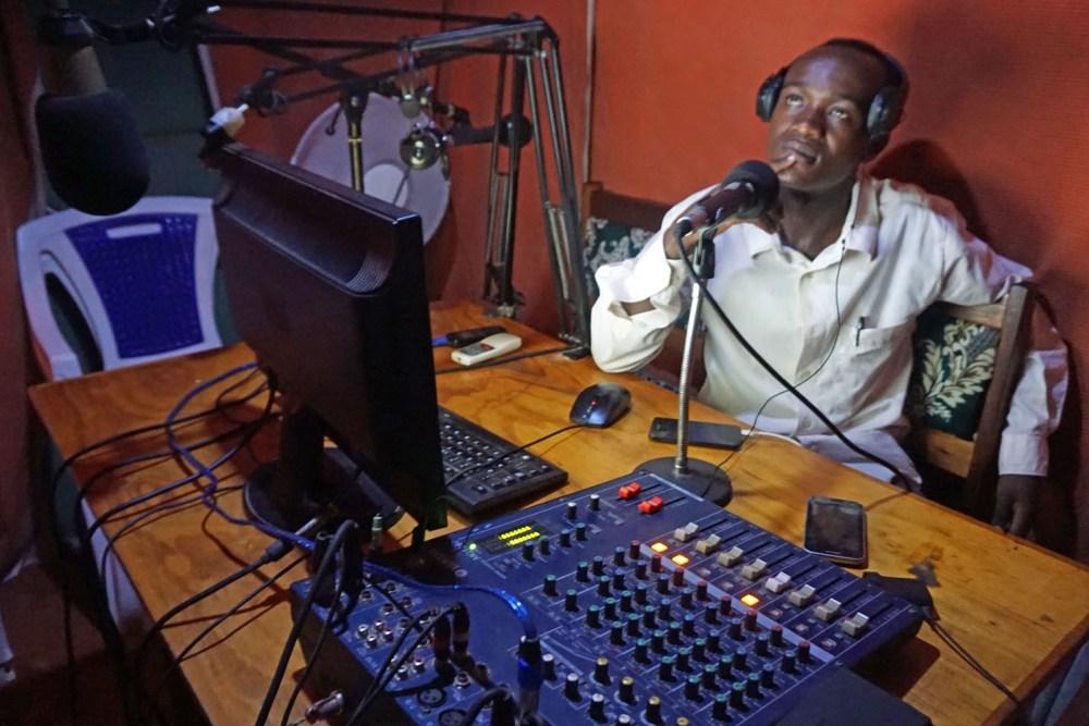 Beim Radiosender