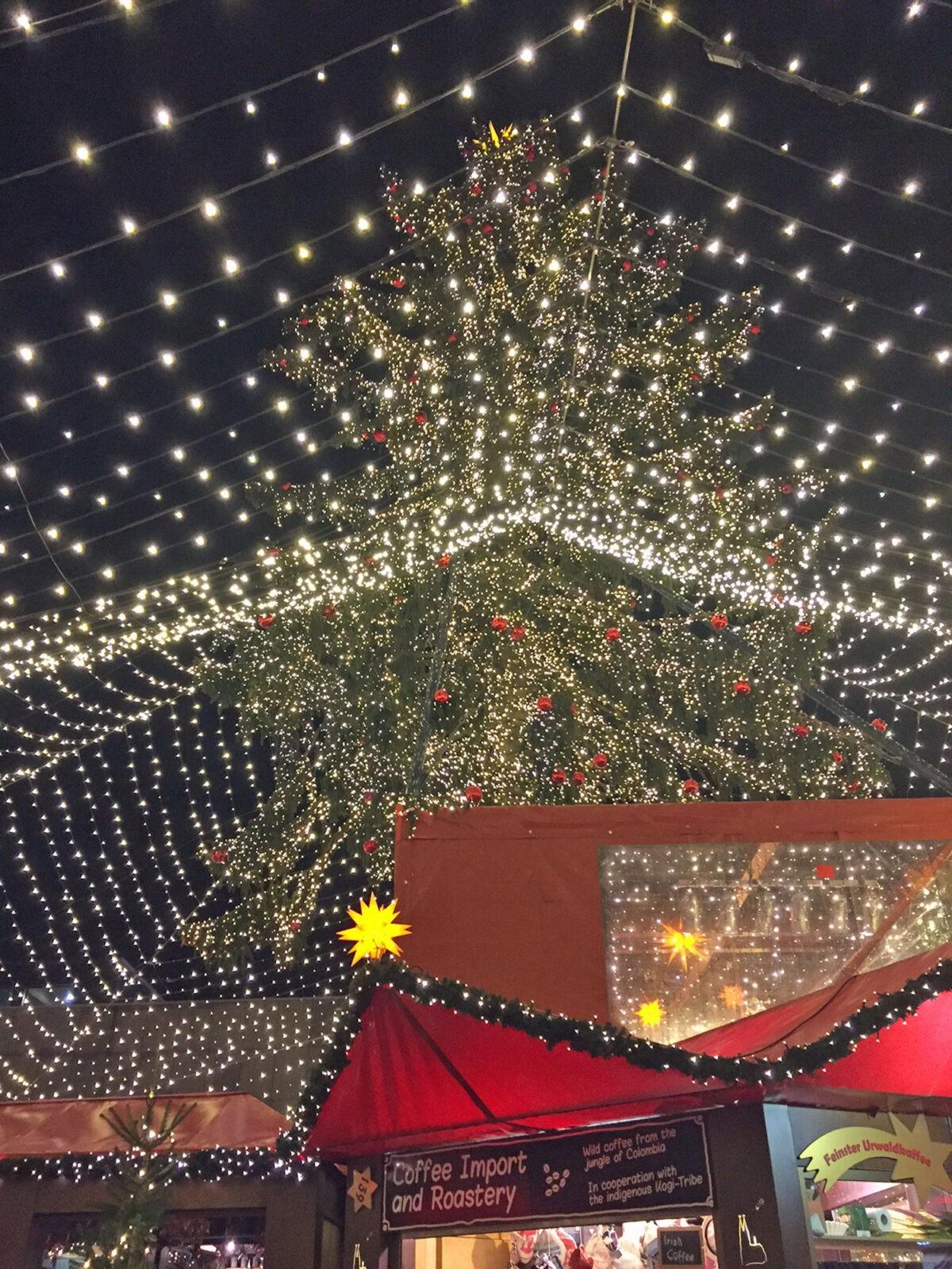 Weihnachtsmarkt Greetsiel.Köln Wintermarkt Mit Bratwurst Vom Sternekoch Op Jück