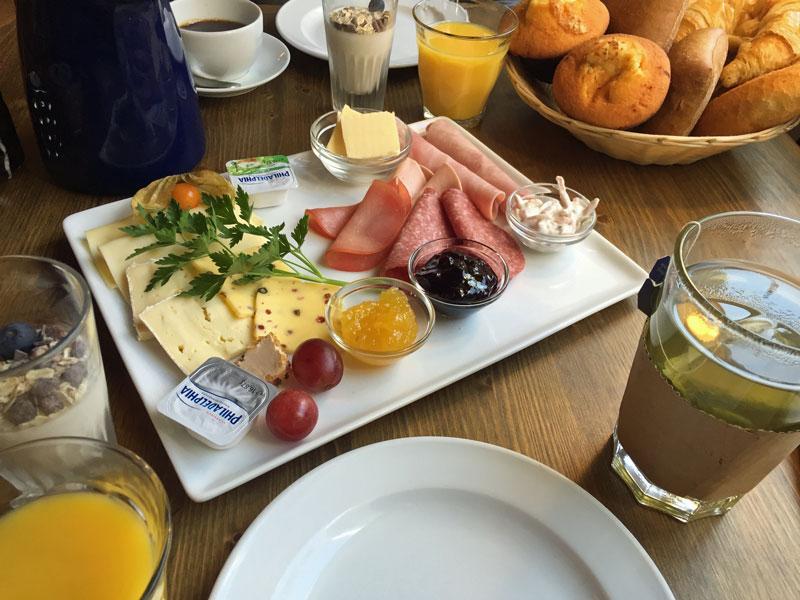 Frühstück in Wilhelmshaven