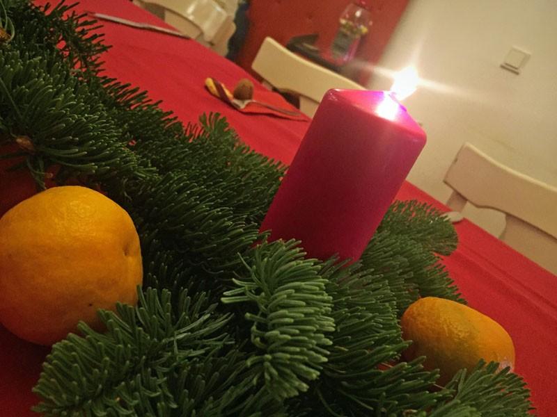 Kerzen gehören zu Weihnachten