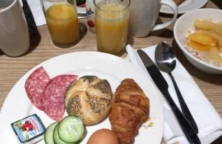 Frühstück im Ibis Styles in Glasgow