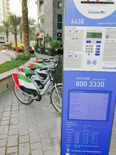 Leihfahrräder an der Marina in Dubai