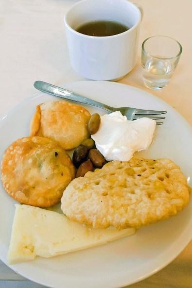 Griechischer Mittagssnack