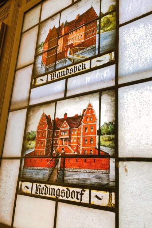Fenster im Treppenhaus im Altonaer Museum