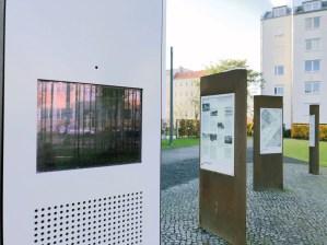 Multimediasäulen an der Gedenkstätte Berliner Mauer