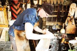 Holzarbeiten auf der Ehrenburg