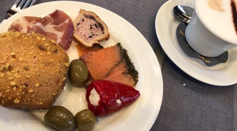 Frühstücksbuffet im Hotel kann kreativ sein