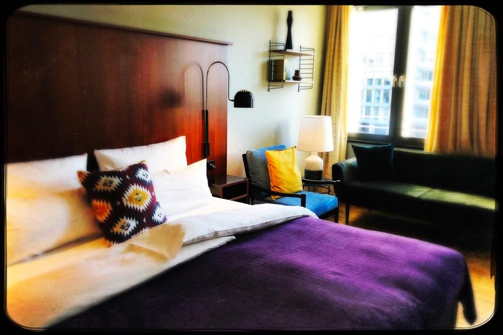 Ein L-Studio im Hotel Henri