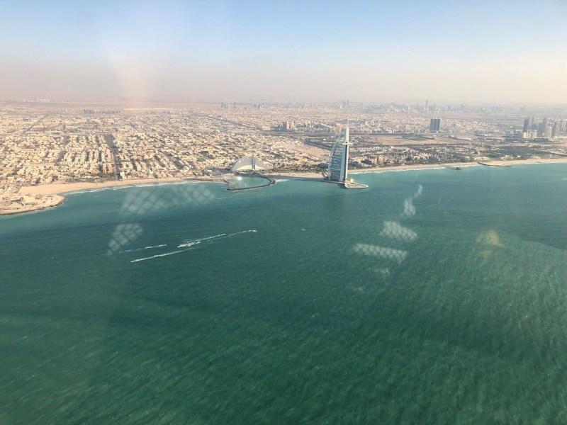 Hubschrauberrundflug in Dubai: Burj Al Arab