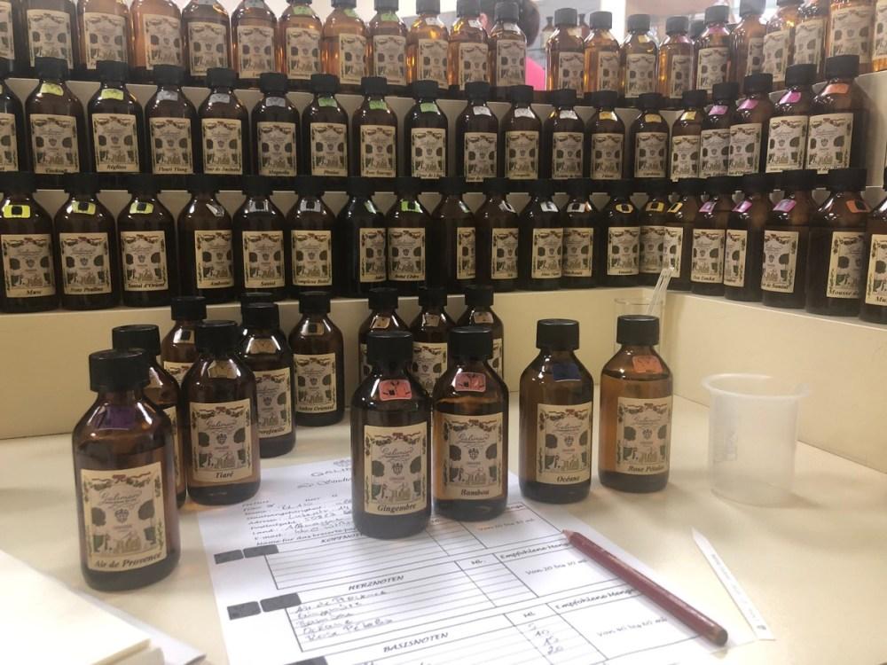 Duftorgel beim Parfümworkshop