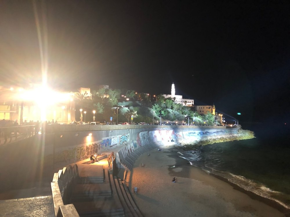 Altstadt in Tel Aviv bei Nacht