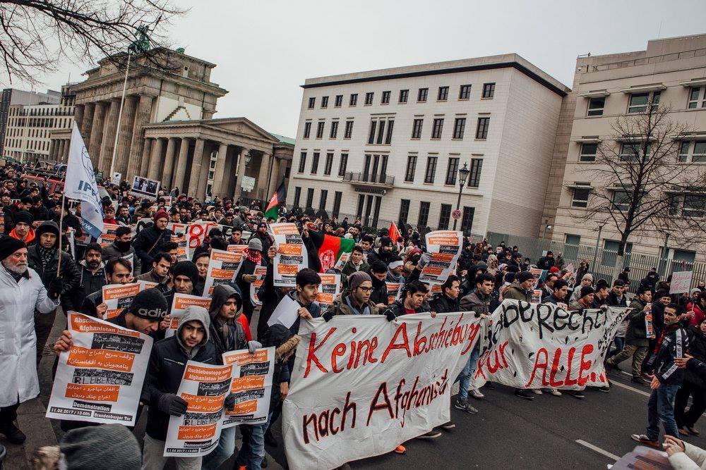 Demo gegen Abschiebungen nach Afganistan
