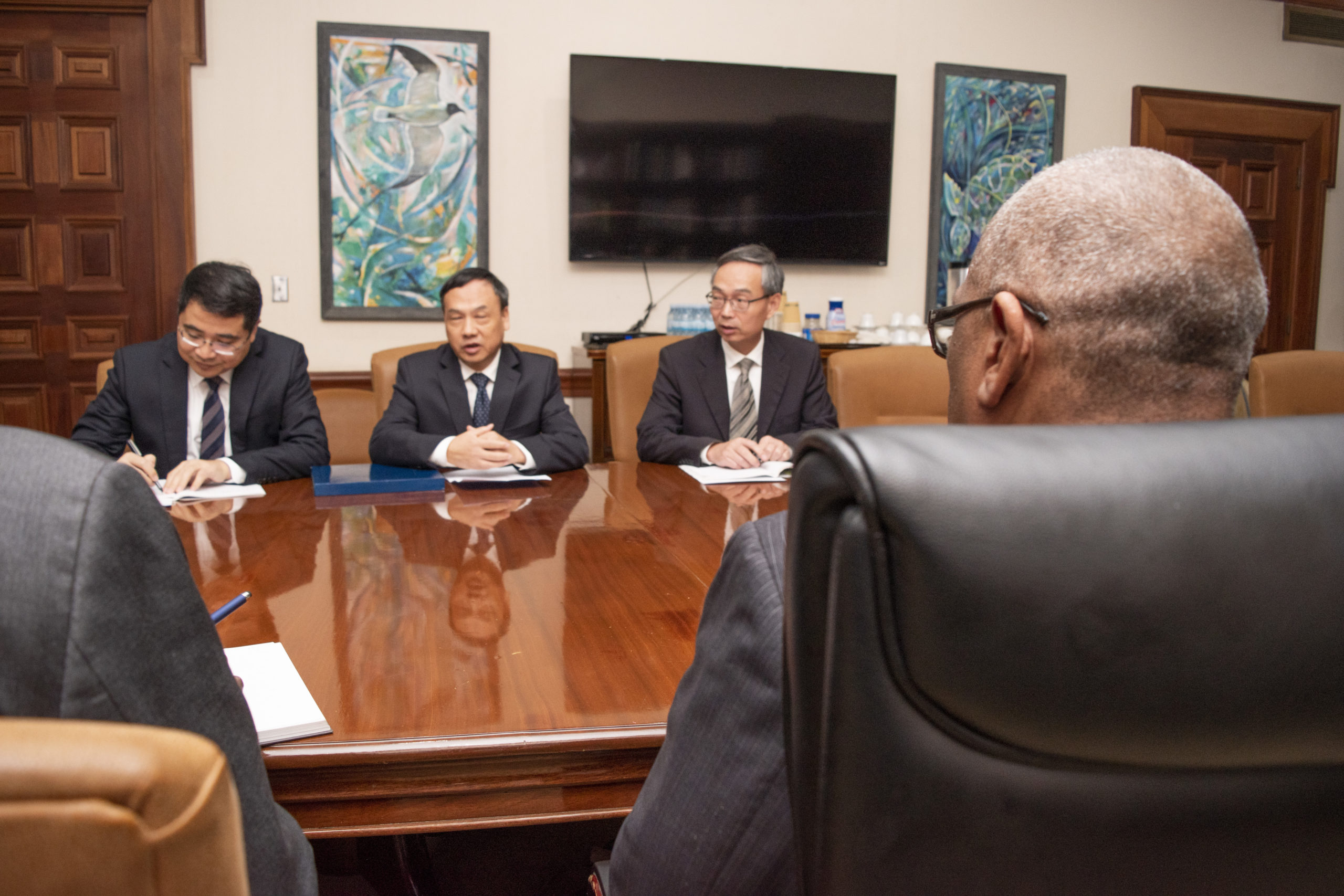 China's Ambassador to The Bahamas pays Courtesy Call on Prime Minister Minnis