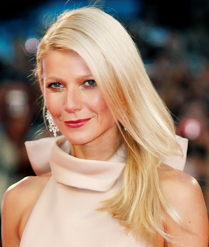 Gwyneth Paltrow has microbladed eyebrows