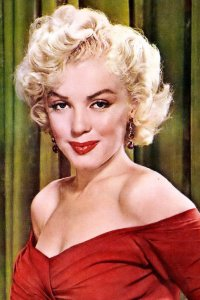 marilyn monroe red lipstick
