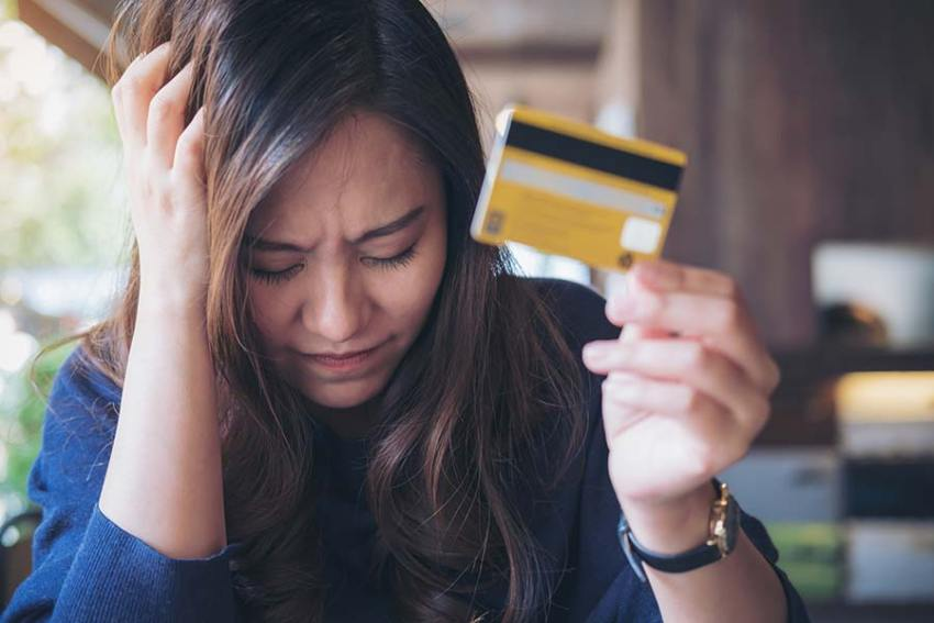 Como parar de gastar mais do que ganha