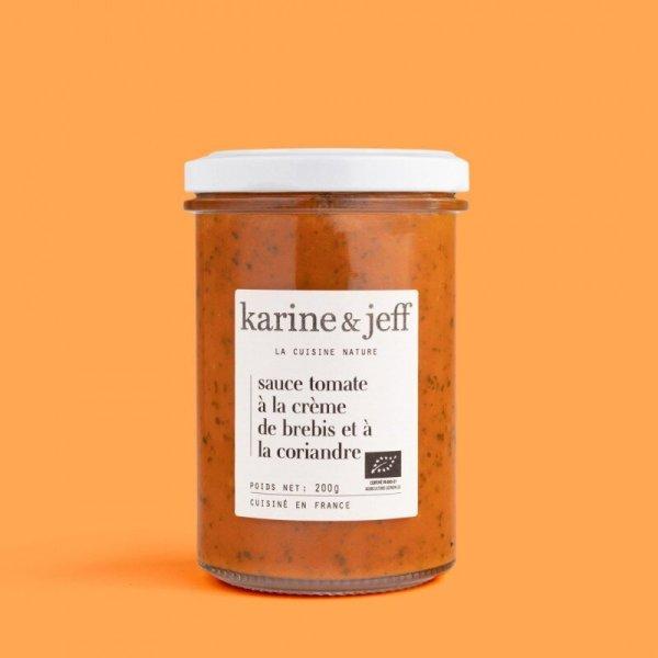 sauce-tomate-a-la-creme-de-brebis-et-a-la-coriandre