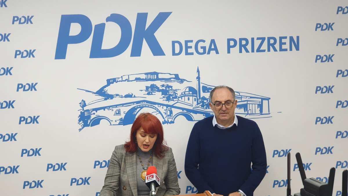 Totaj dhe Hoxha: Komuna e Prizrenit përdhosi figurën e Skënderbeut, thërrasim seancë të asamblesë për rimodelim të shtatores dhe ndryshim të lokacionit!