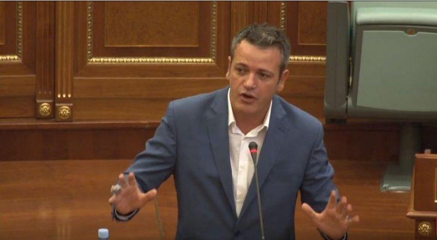 Arben Gashi: Qeverinë Kurti e përfaqëson dhe e karakterizon mashtrimi