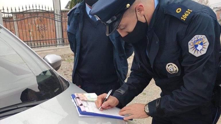 Dragash, sulmojnë policët që iu shqiptonin gjobën për moszbatim të masave antiCovid