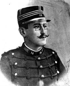"""Zola uważał wyrok na Dreyfusa za hańbę Francji. W słynnym """"J'accuse!"""" (Oskarżam!) pisał: """"Zbrodnią jest szukanie oparcia w nikczemnej prasie i oddanie się w obronę hołocie Paryża"""". Na portrecie z lat 90. XIX wieku Alfred Dreyfus (Fot. AP)"""